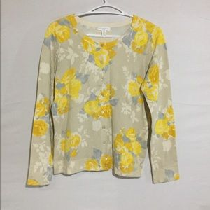 Sweater with yellow flower size Medium